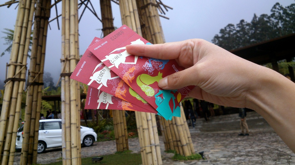 The entrance ticket, 10,000 IDR per person/car