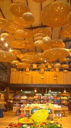 warm interior of Pasar Khatulistiwa